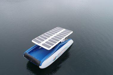 catamaran electrique Electricat panneau solaire